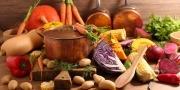 Braadpan met rauwkost voor soep